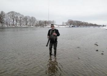 Применение ультралайта в местах, для которых он и был создан — ловим на малых реках.